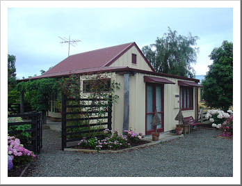 Tasman Village Cottage